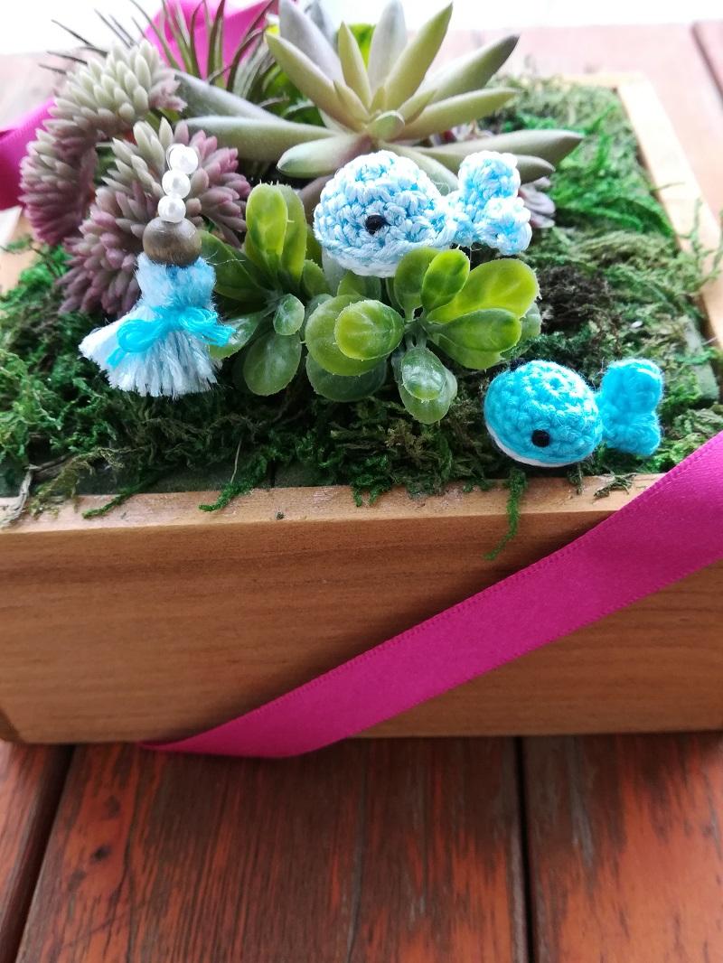 ダイソー刺繍糸パール調カラーで編む「くじらのあみぐるみ」の作り方