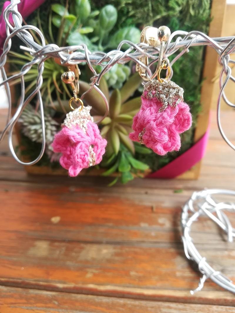 刺繍糸でかぎ針編み「シェル模様ブレードのイヤリング」の編み方