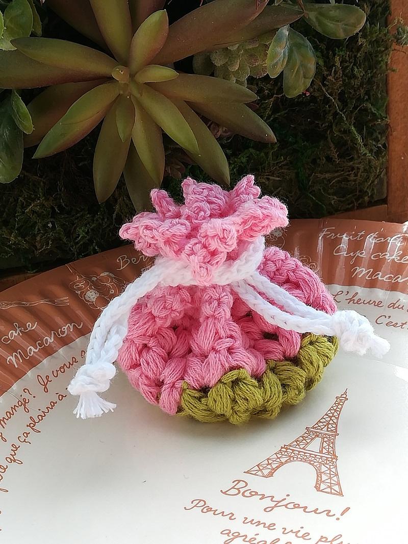 刺繍糸でかぎ針編み「ミニ巾着」の作り方
