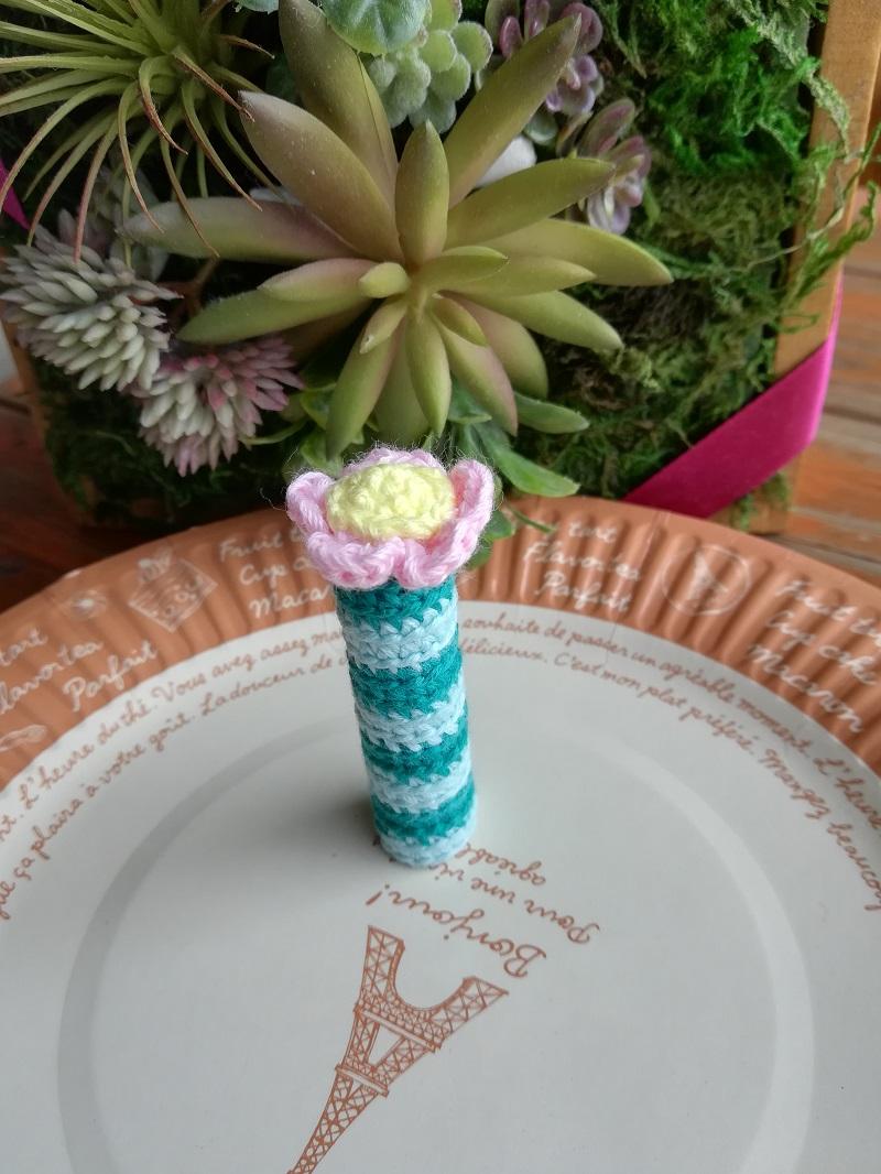 刺繍糸でかぎ針編み「立体フラワー」の作り方