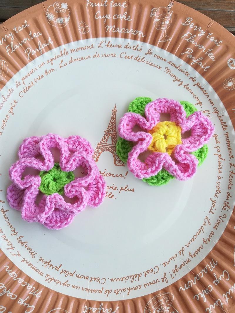刺繍糸でかぎ針編み「立体的なお花」の編み方