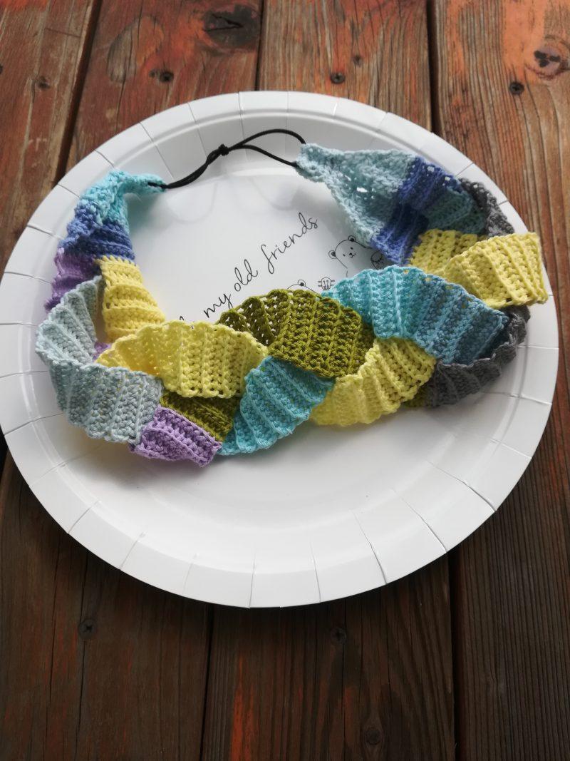刺繍糸でかぎ針編み「うね編み模様の3つ編みヘアバンド」の編み方