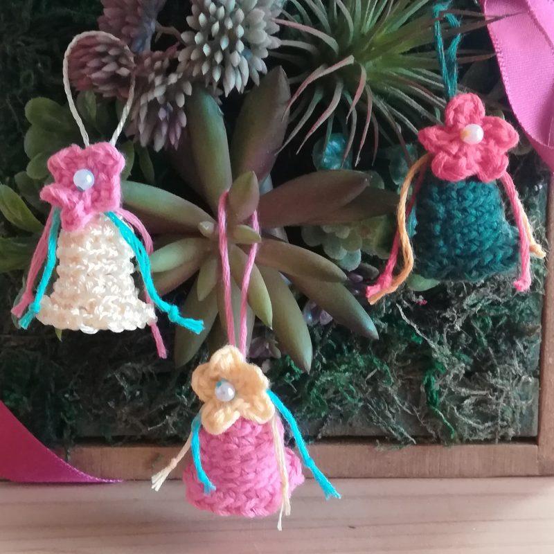 刺繍糸でかぎ針編み「クリスマスオーナメント(ベル)」の編み方