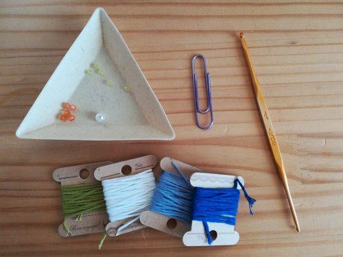 かぎ針編み「お花のブックマーカー」の編み方
