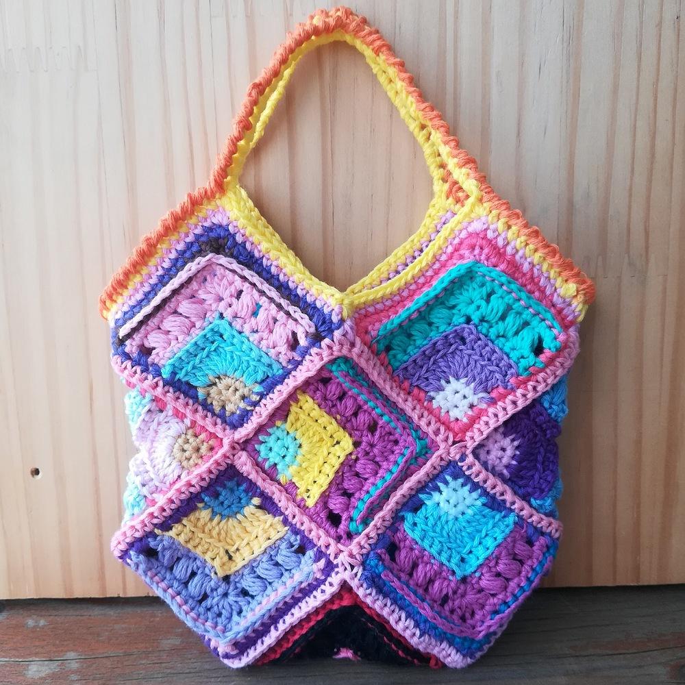 かぎ針編み「モチーフ編みのミニバッグ」の編み方