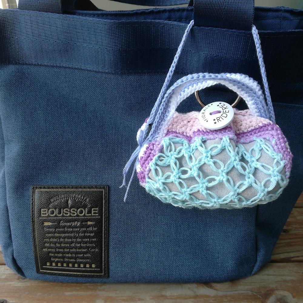 かぎ針編み「七宝編みのミニグラニーバッグ」の編み方